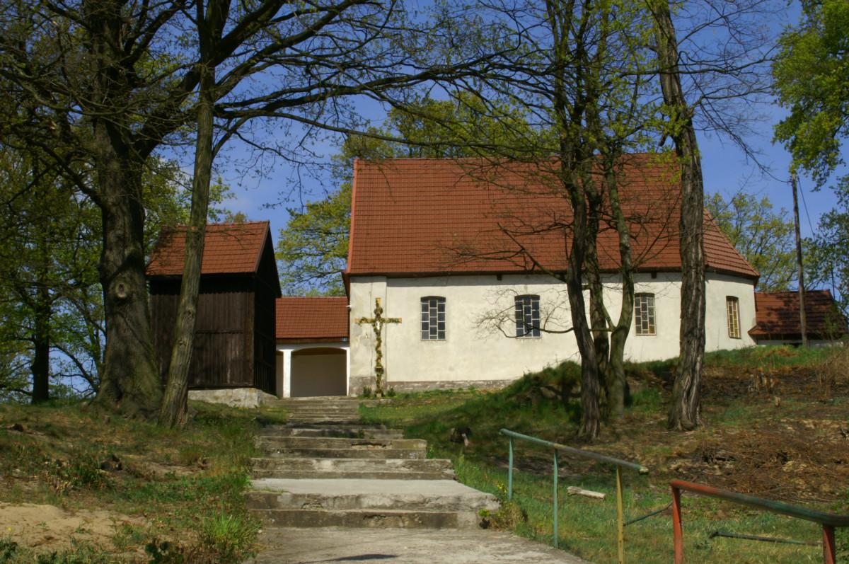 Kościół w Ciemnicach